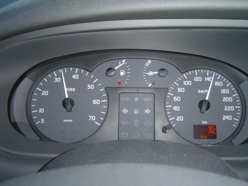Fig. 2 Dashboard in a Renault Scenic including a fuel level gauge.